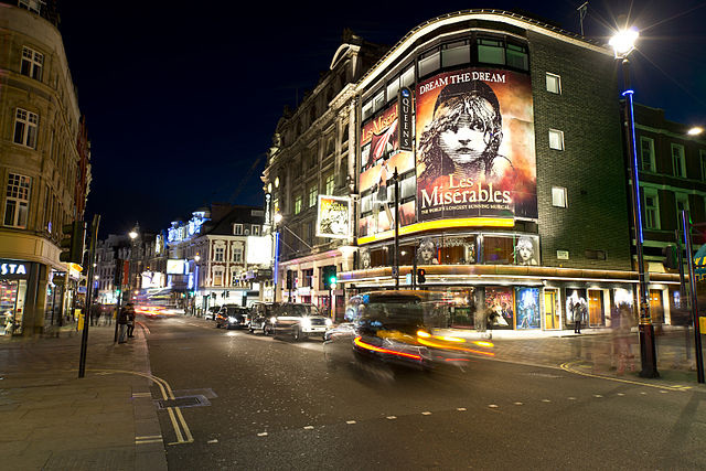 West End | © Steve Collis / WikiCommons