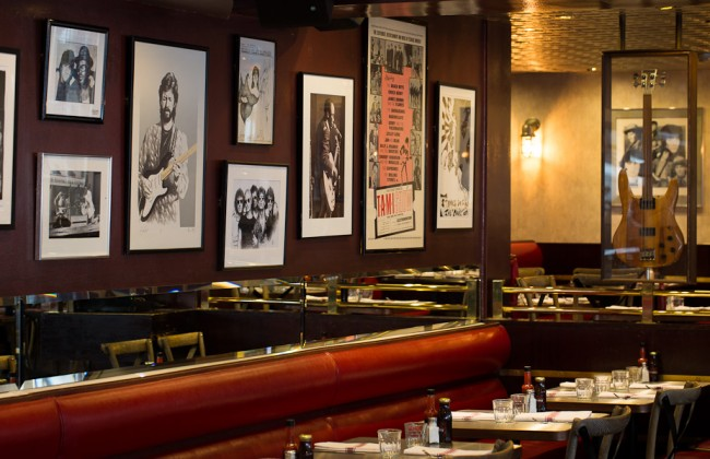 Interior of Sticky Fingers | Courtesy of Sticky Fingers