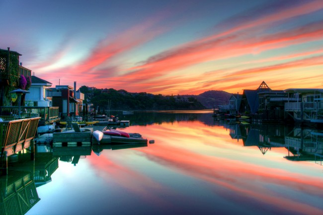 Sausalito's houseboats at sunrise | © Miwok/Flickr