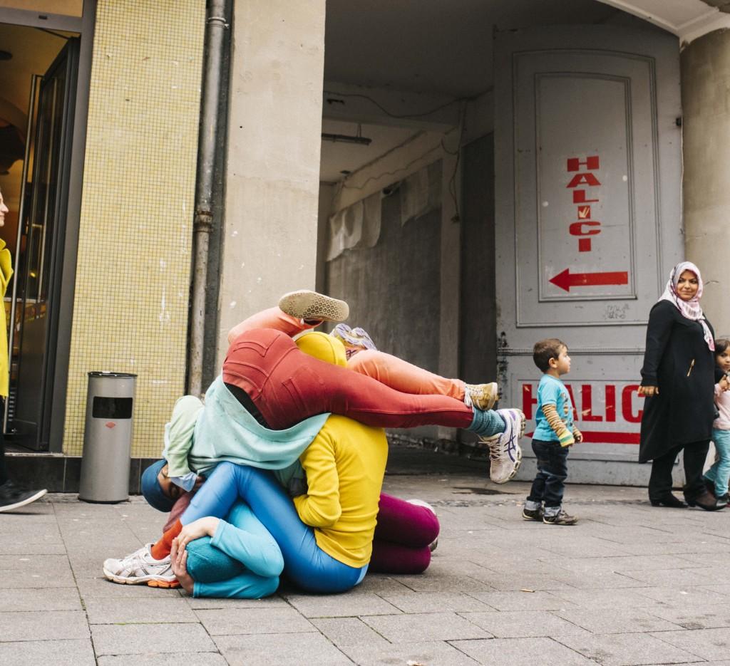 Bodies In Urban Spaces CityLeaks Photo   © Silviu Guimann