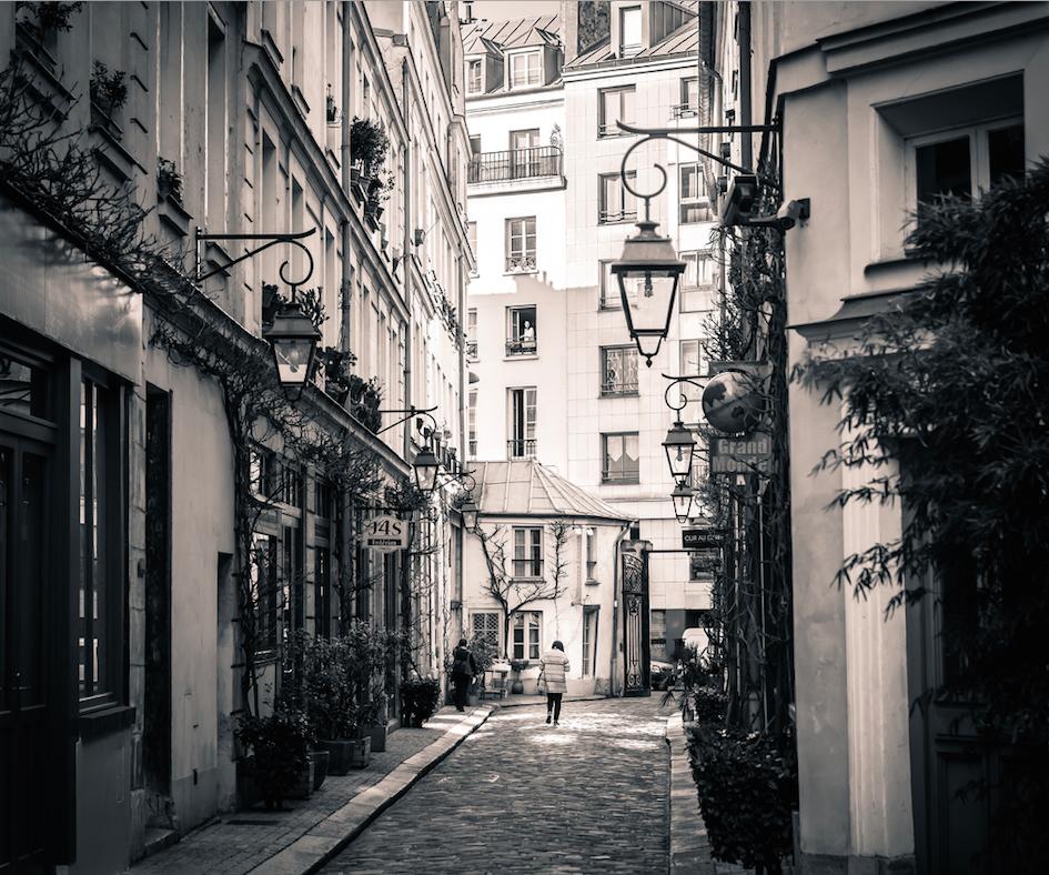 Cour Damoye | © billknock/Flickr