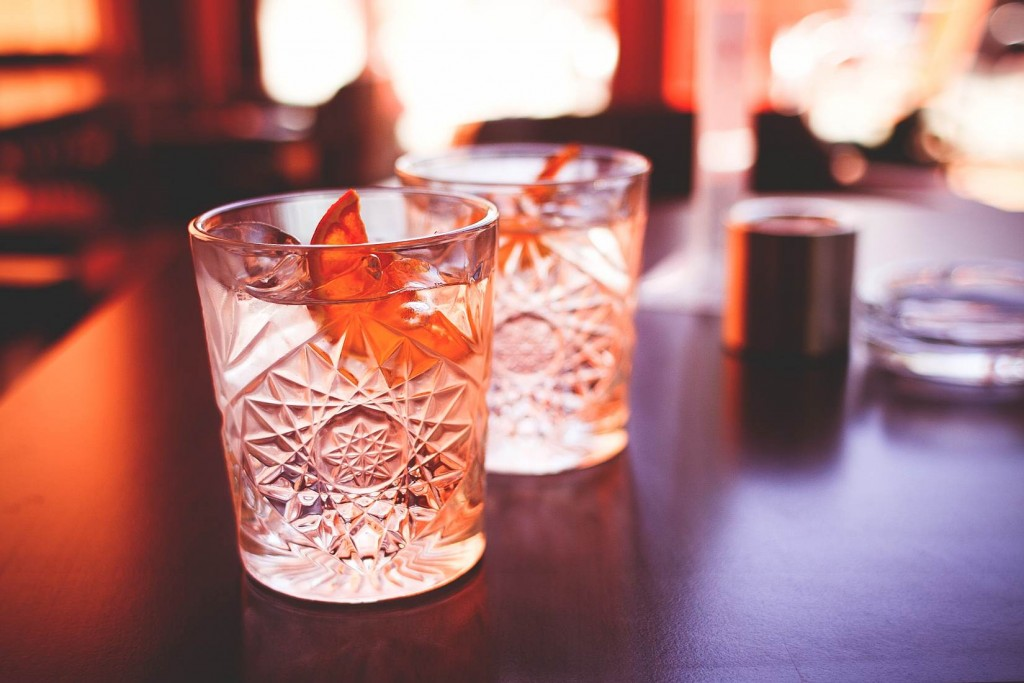 Another Cool Drinks with Dried Orange | © VIKTOR HANACEK/picjumbo
