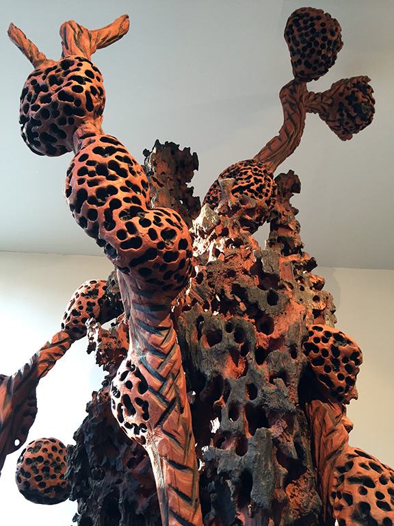 Burned wood sculpture   ©Beatriz Forti