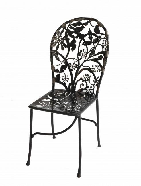Wrought iron Cerasis chair   © Isabelle de Borchgrave