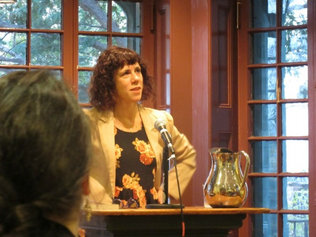 Jami Attenberg 4.13.15| © kellywritershouse/flickr