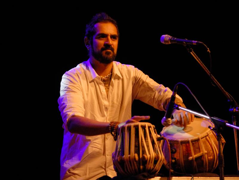 Karsh Kale | Courtesy Noelladsa / Wikimedia Commons