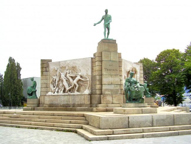 Monument au Travail | © Ben2~commonswiki/WikiCommons