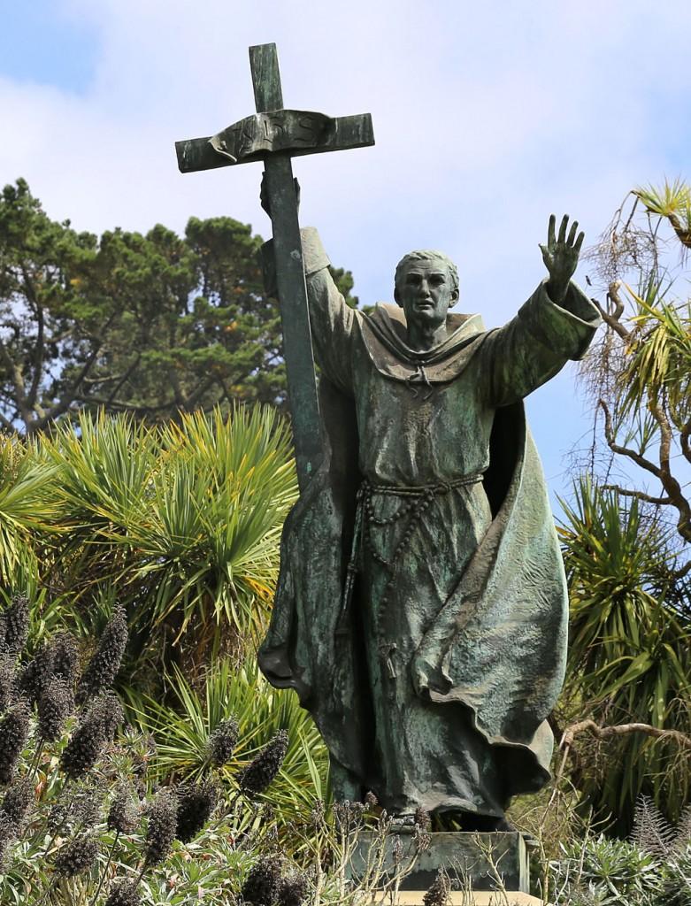 Statue of Junipero Serra at Golden Gate Park/ Burkhard Muecke @ Wikipedia Commons