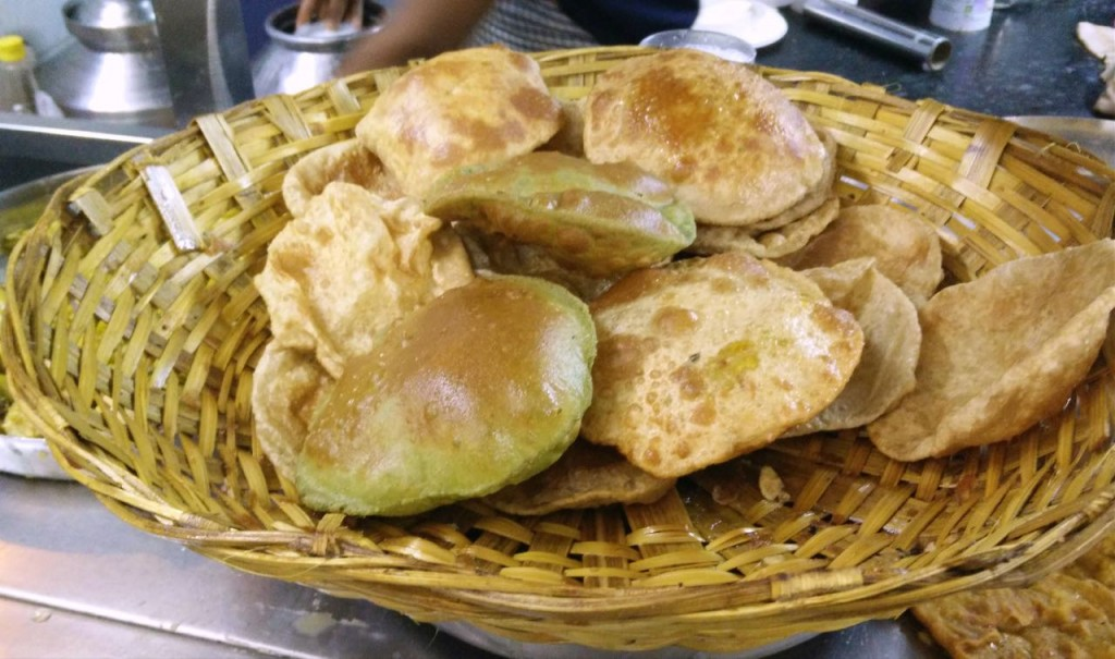 Assortment of puris   © Out Of Focus Pictures