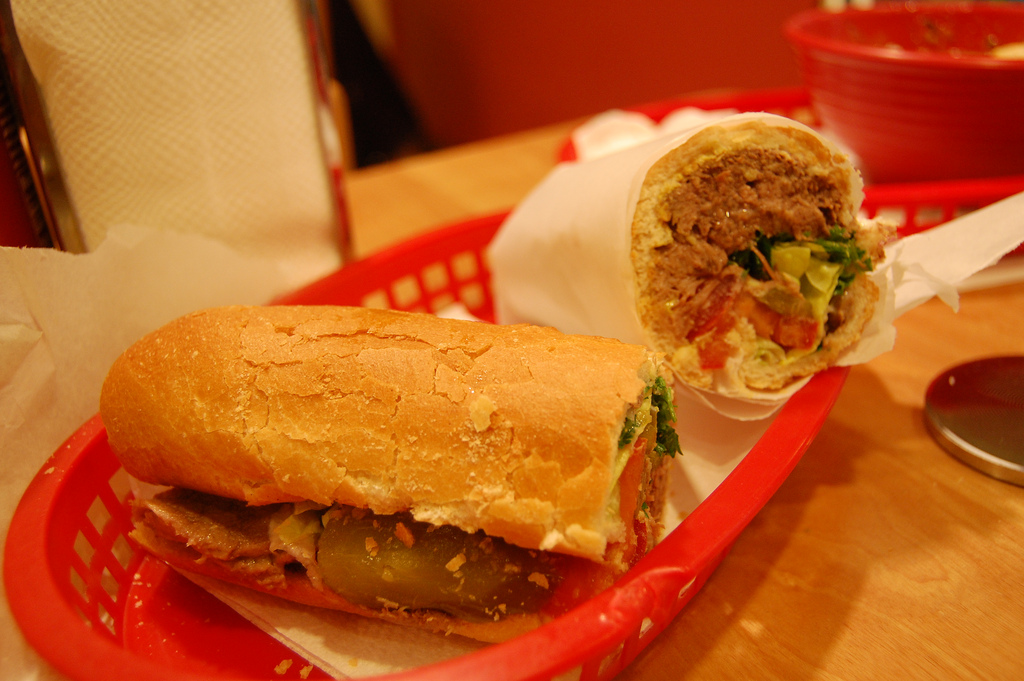 Attari Tongue Sandwich |©Stu Spivak/Flickr