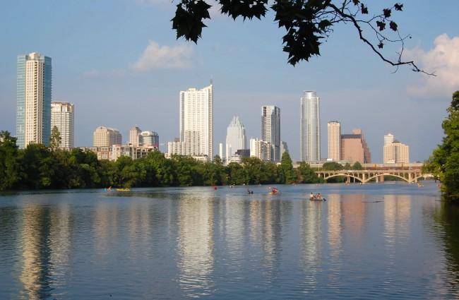 Austin Skyline |© LoneStarMike/WikiCommons