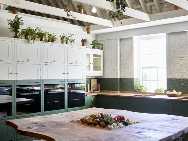 B&H Kitchen | © Anya Holdstock