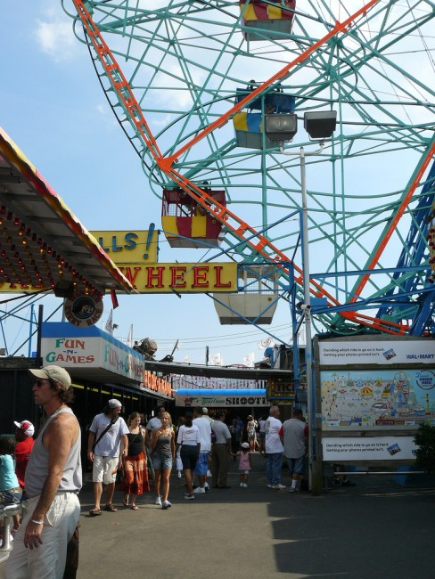 coney island| © kathia shieh/flickr