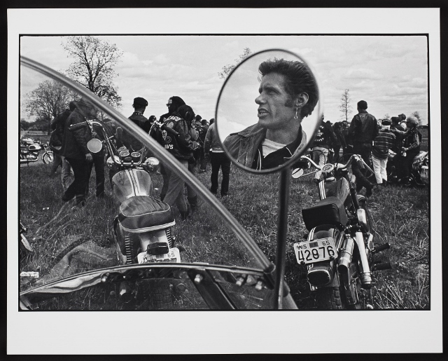 Danny Lyon Cal, Elkhorn, Wisconsin 1966 Gelatin silver print, 40.6 × 50.8 cm Promised gift, James Lahey and Brian Lahey, in honour of our mother Ellen Lahey © 2015 Danny Lyon/Magnum Photos.