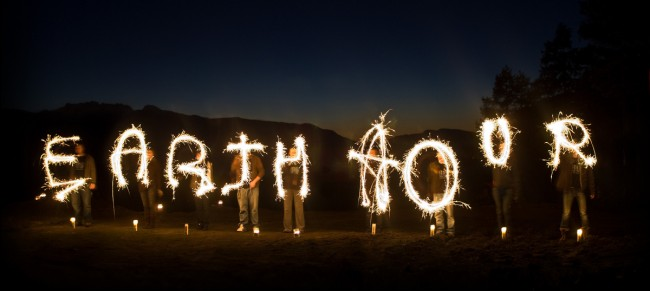 Celebrating Earth Hour 2010, Canada | © Jeremiah Armstrong