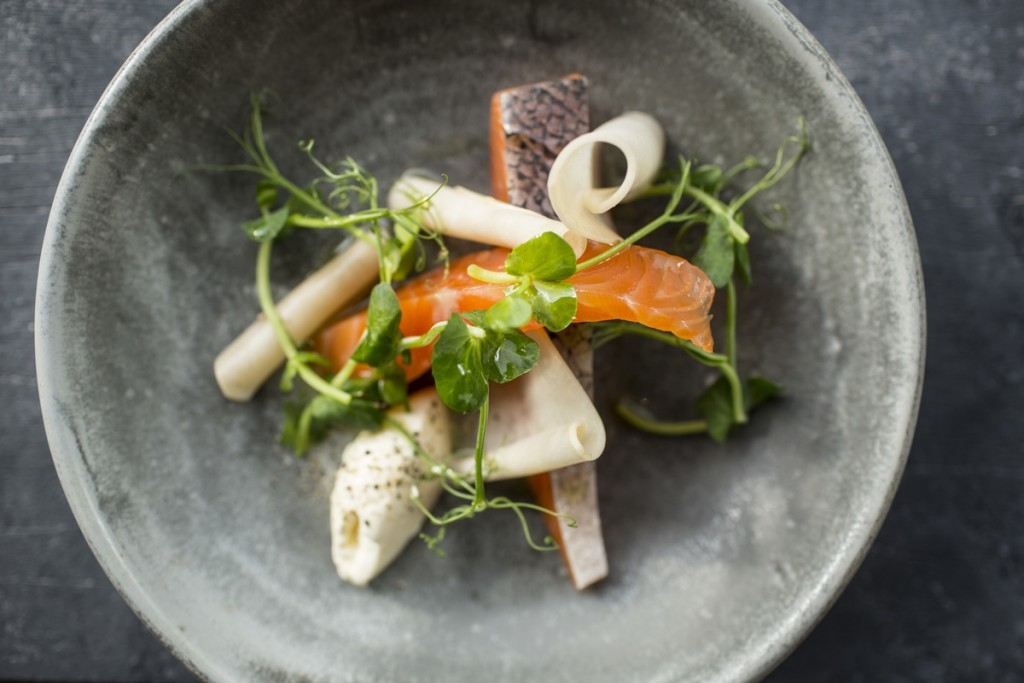 Gin Cured Salmon with Pickled Turnips and Crème Fraiche | © Stefan Johnson
