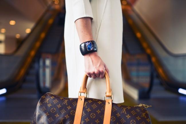 A statement bag © snapwiresnaps/Pexels