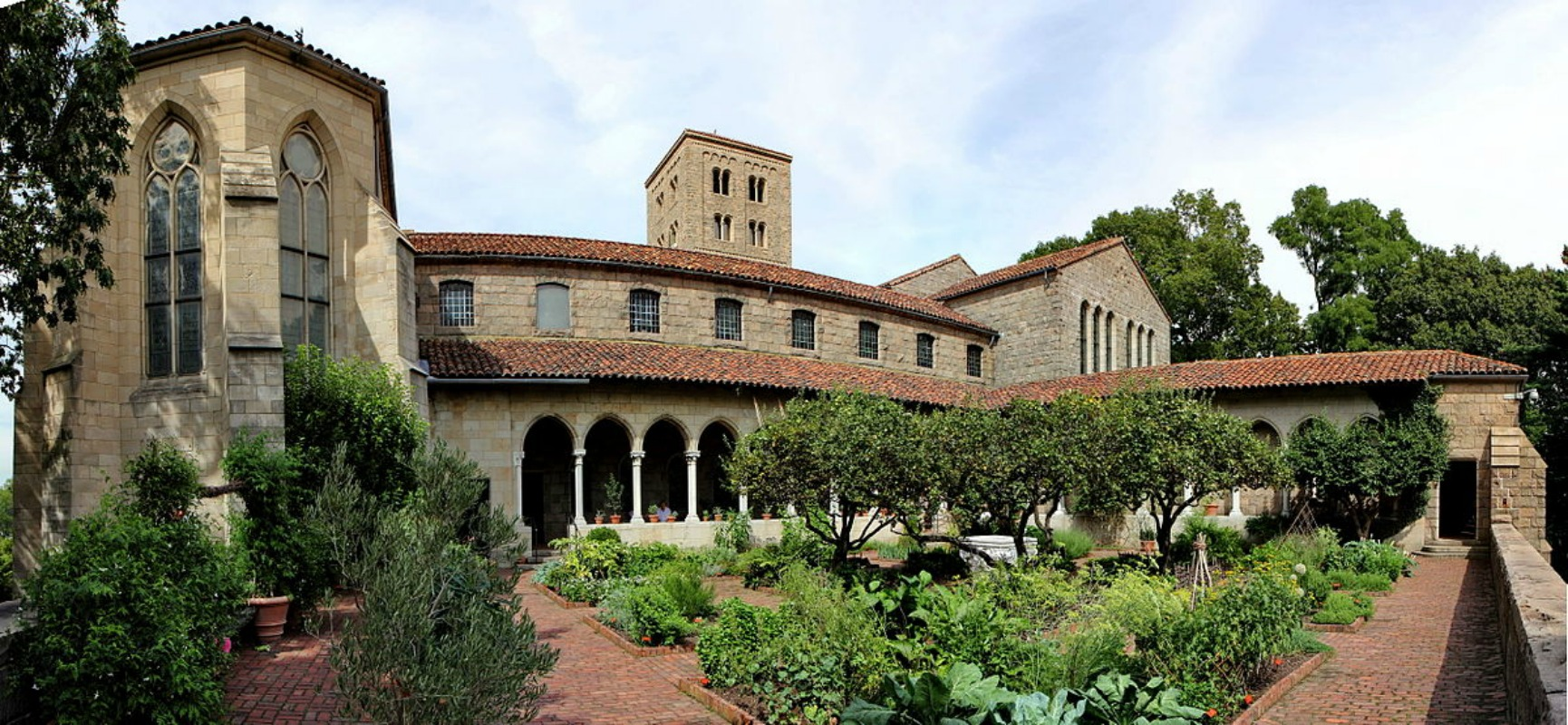 the cloisters bringing medieval europe to nyc