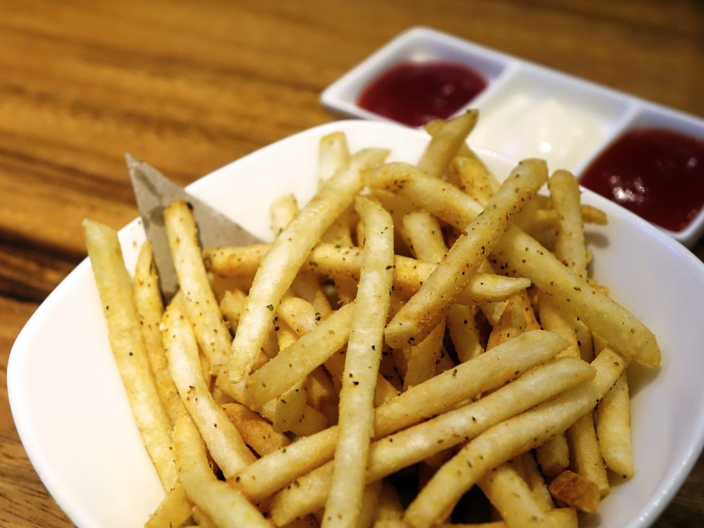 Though it's called French fries the dish can actually be traced back to Belgium / Pixabay