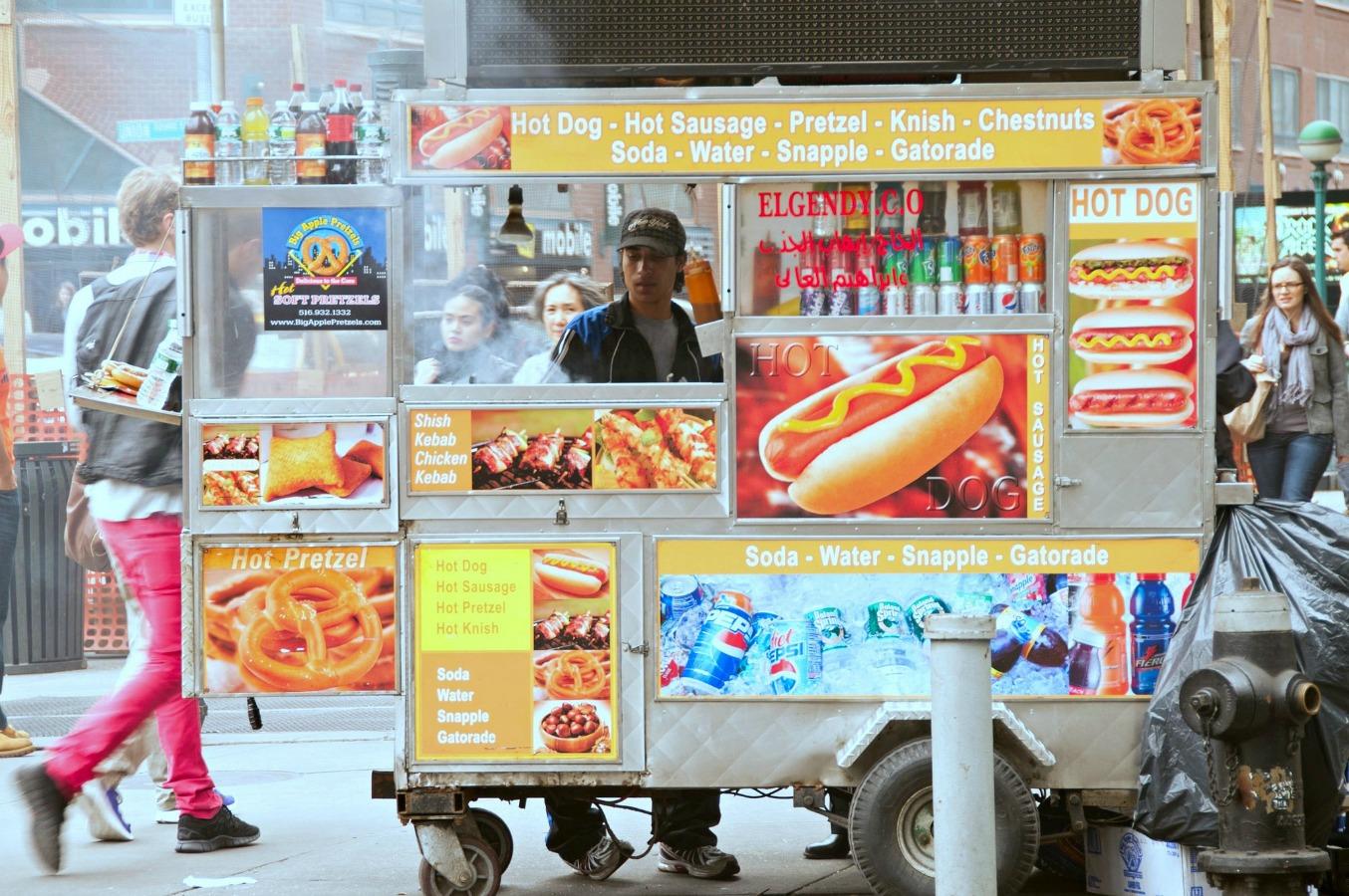 Hot Dog Truck, NYC| © Tony Fischer/flickr