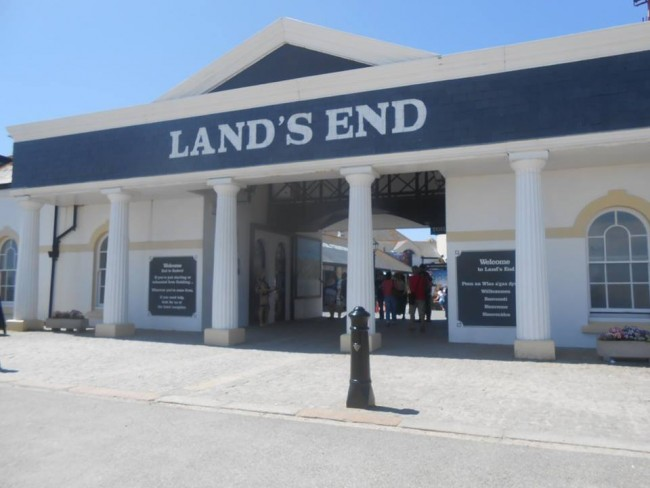 Lands End Visitors Centre © Jessica Buck