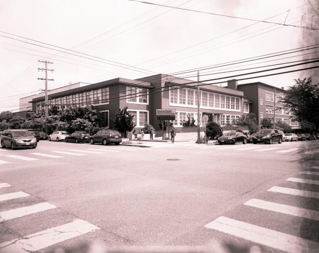 Lincoln High School © Paul Sullivan/Flickr