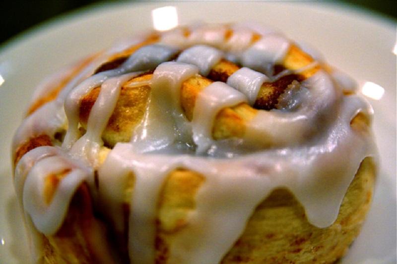 Cinnamon roll | © Steven Depolo/Flickr
