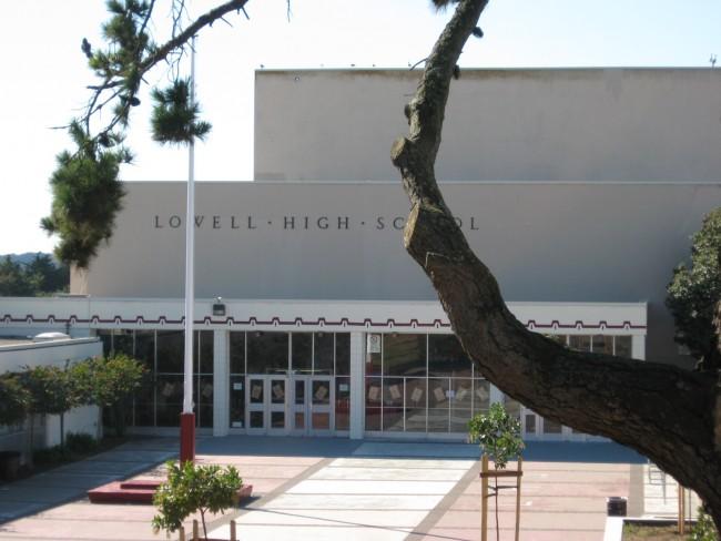 Lowell High School © Goodshoped35110s/Wikipedia