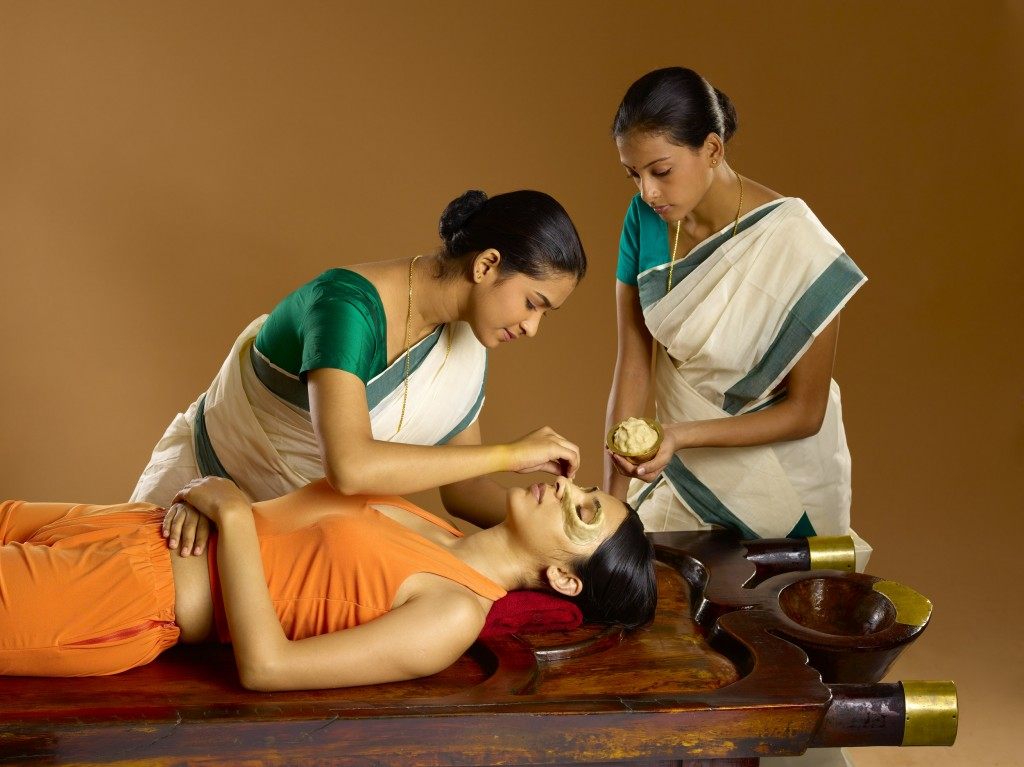 Netra Vasti |Ideal Ayurvedic Resort