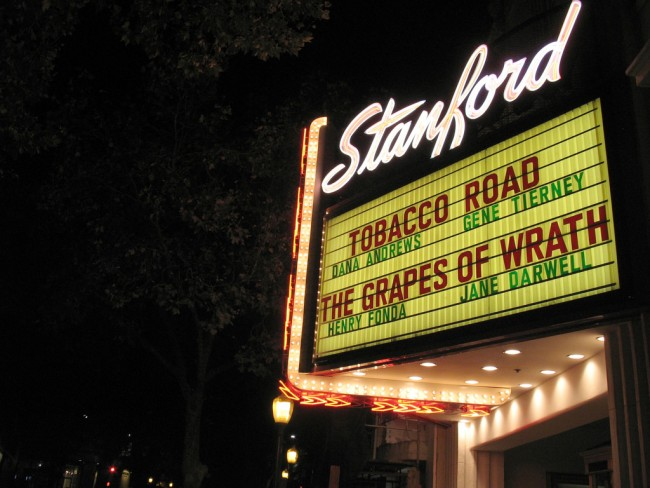 Stanford Theater ©Simon Law/Flickr