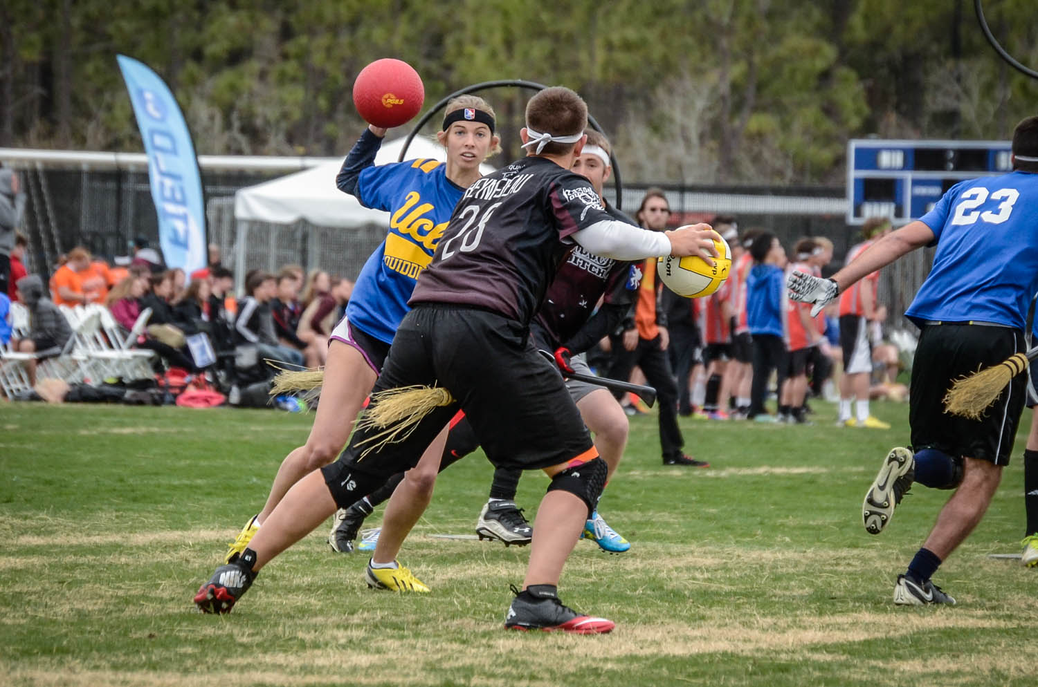 UCLA vs Arkansas at the Quidditch World Cup | © BenHollandPhotography