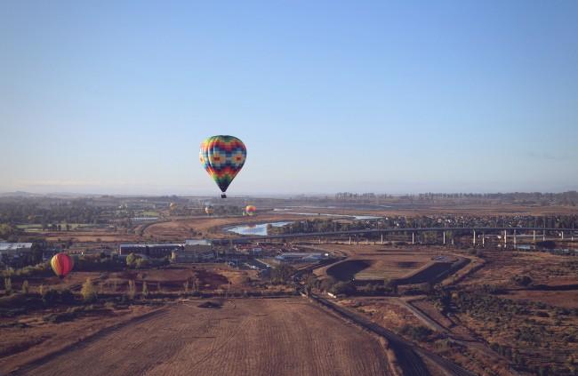 Hot Air Balloons over Napa Valley © Halyna Yakubovich/Flickr