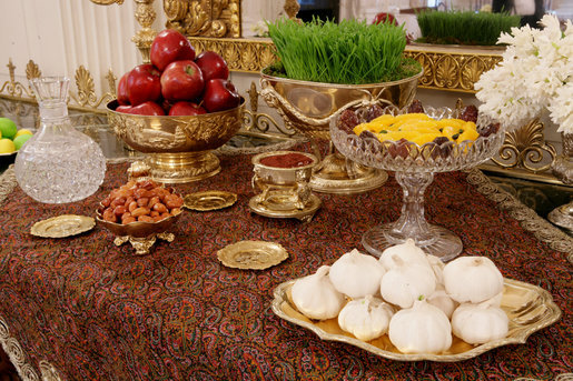 Haft Seen Table © White House website/Wikipedia
