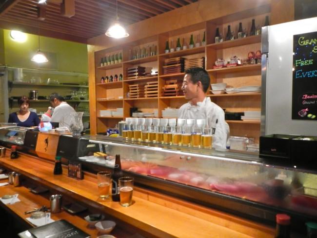 Bar at Jodoku Sushi © PunkToad/Flickr