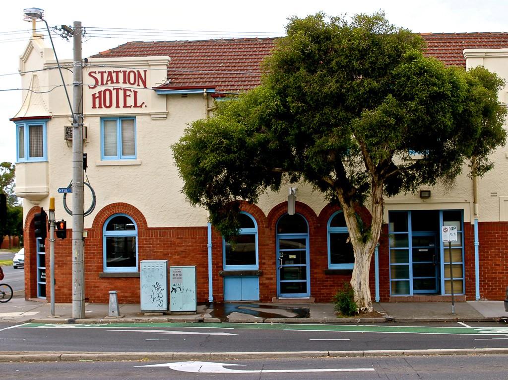 Station Hotel | © Stephen Barrett