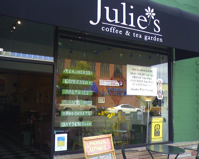 Julie's Coffee and Tea Garden © Peter Merholz/Flickr