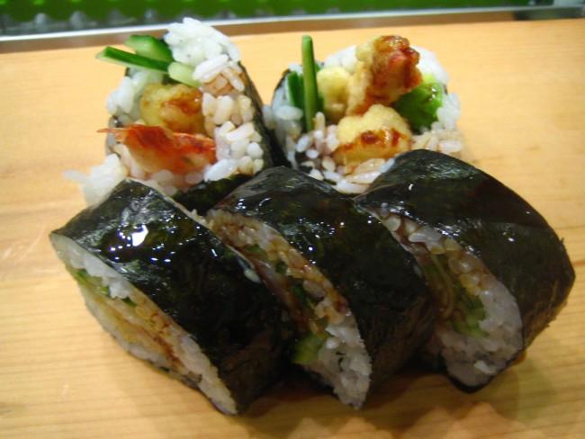 Shrimp Tempura Roll at Musashi Japanese Restaurant © rick/Flickr