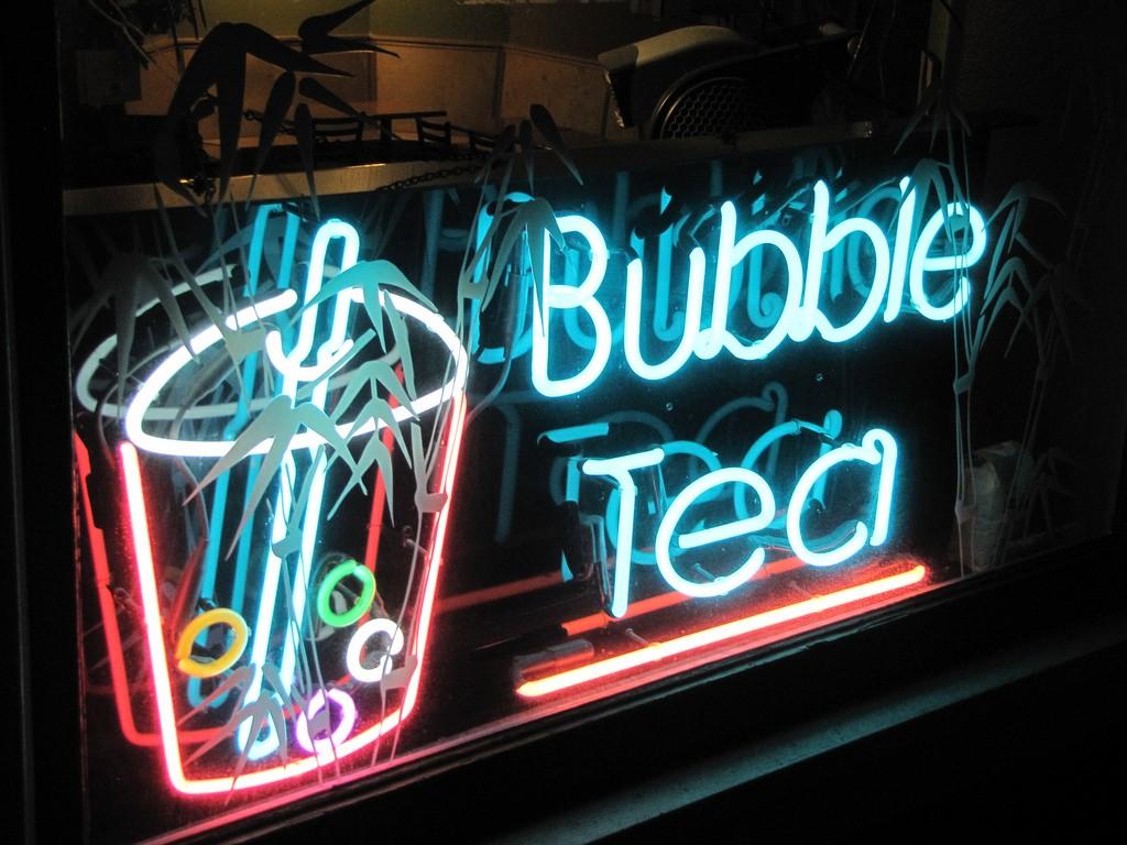 Bubble Tea Sign © Mike Krzeszak/flickr