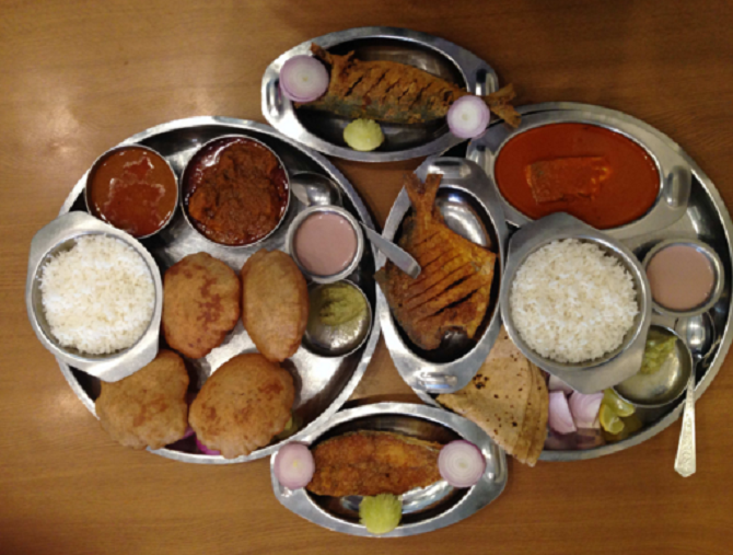 Assortment of Seafood Dishes, Satkar, Girgaum. Image Courtesy: Zomato
