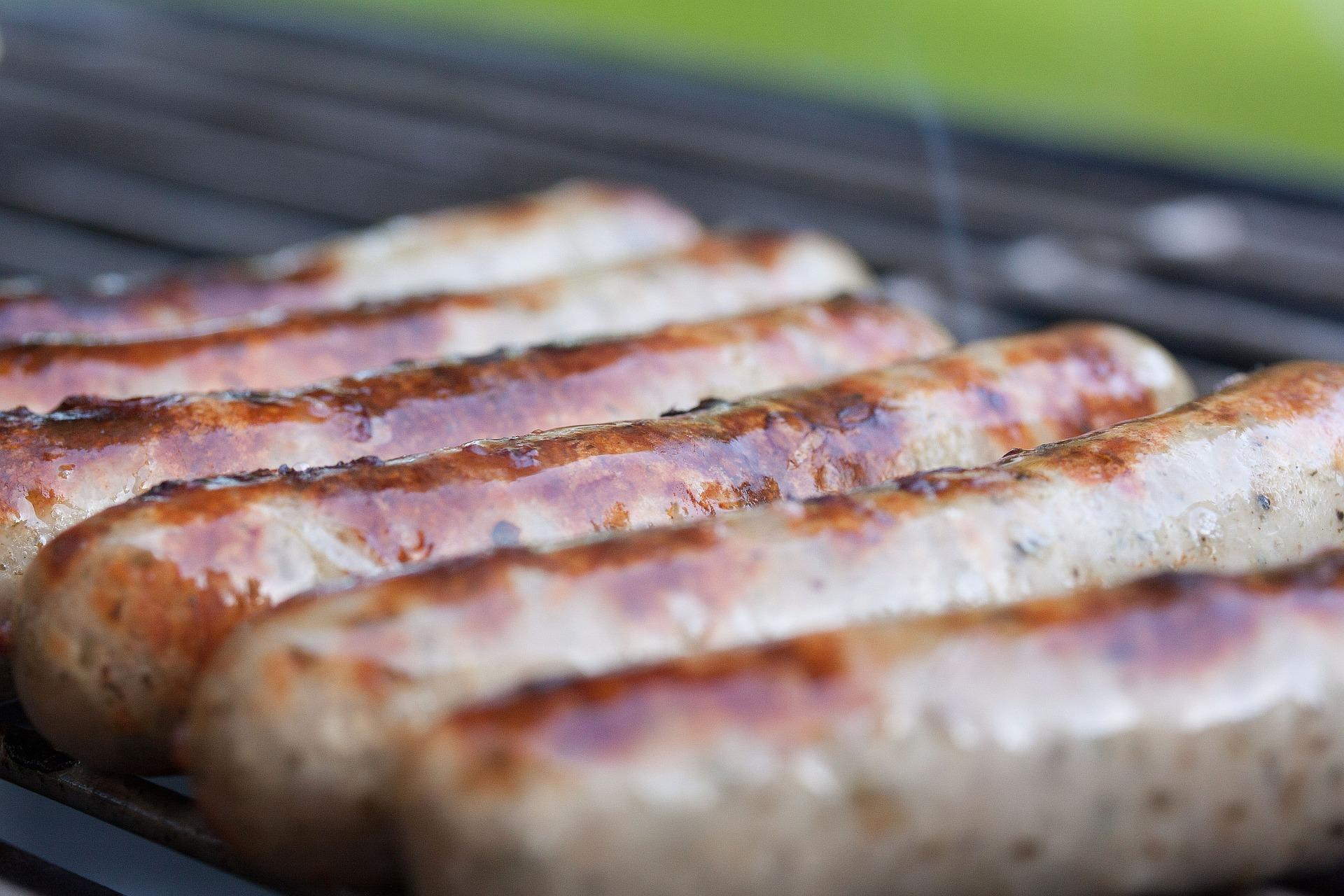 Sausages   © stux/Pixabay