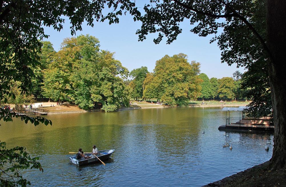 Bois de la Cambre a Bruxelles, vue sur le lac depuis l'ile Robinson | Stephane Mignon / Flickr