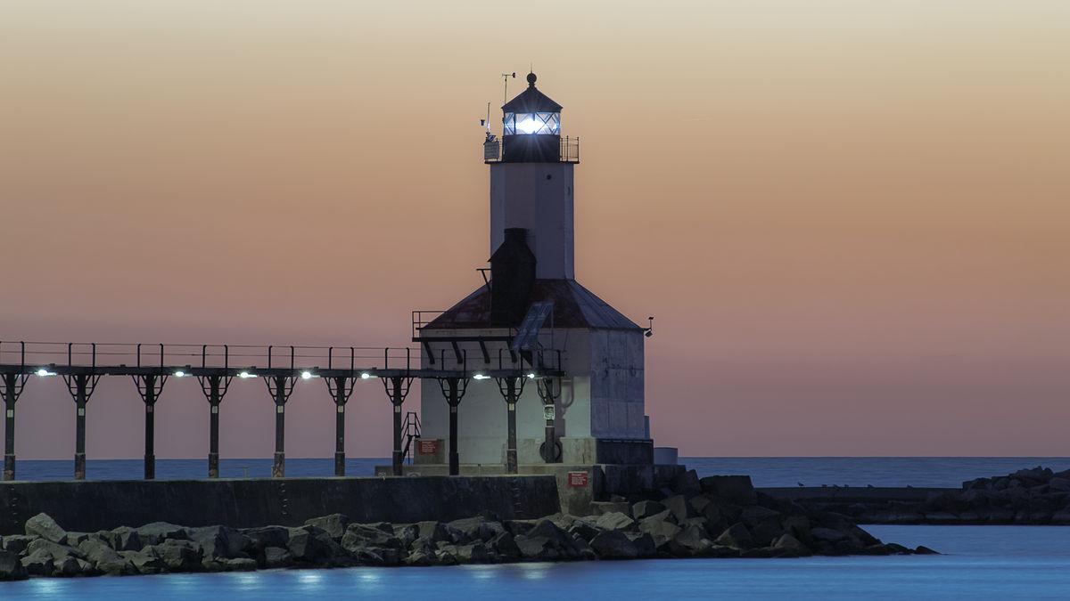 The iconic Michigan City lighthouse   © Matt Morse/WikimediaCommons