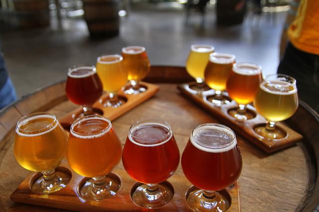 Beer Flight   © Danielle Griscti / Flickr