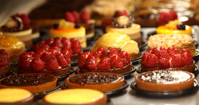 Pastries, Paris | © torbakhopper/Flickr