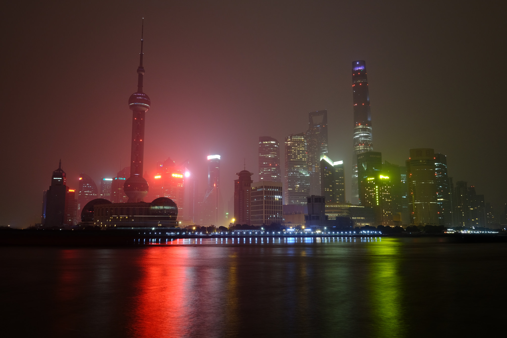 Shanghai Skyscapers   ©Andrew Stawarz / Flickr
