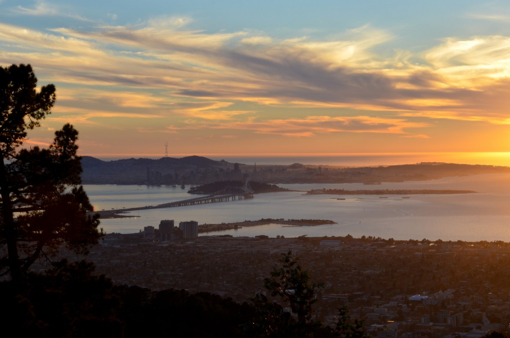 Sunset View From Grizzly Peak © iris/Flickr