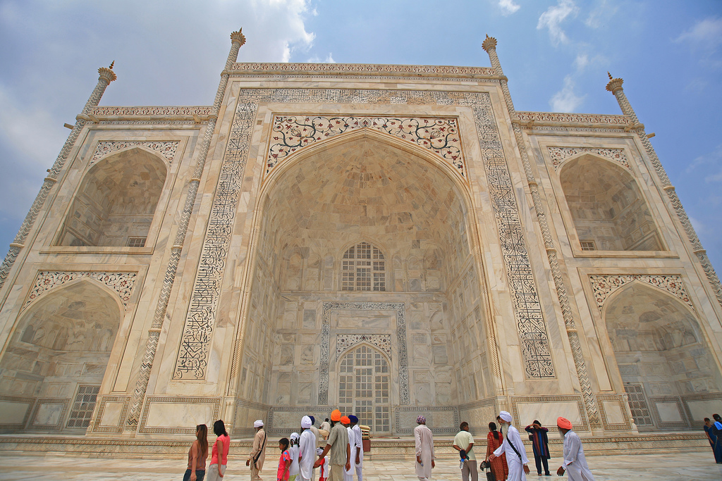 Mountain of Marble - Taj Mahal | ©LASZLO ILYES, Flickr