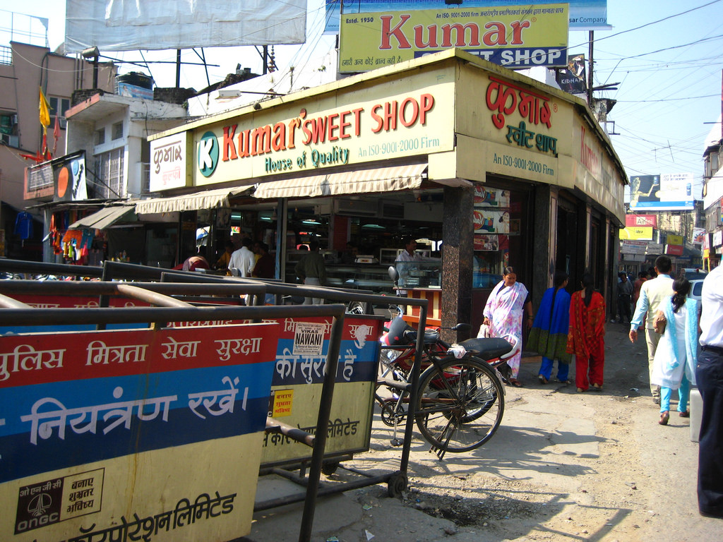 Must try foods in dehradun uttrakhand for Cloud 9 salon dehradun