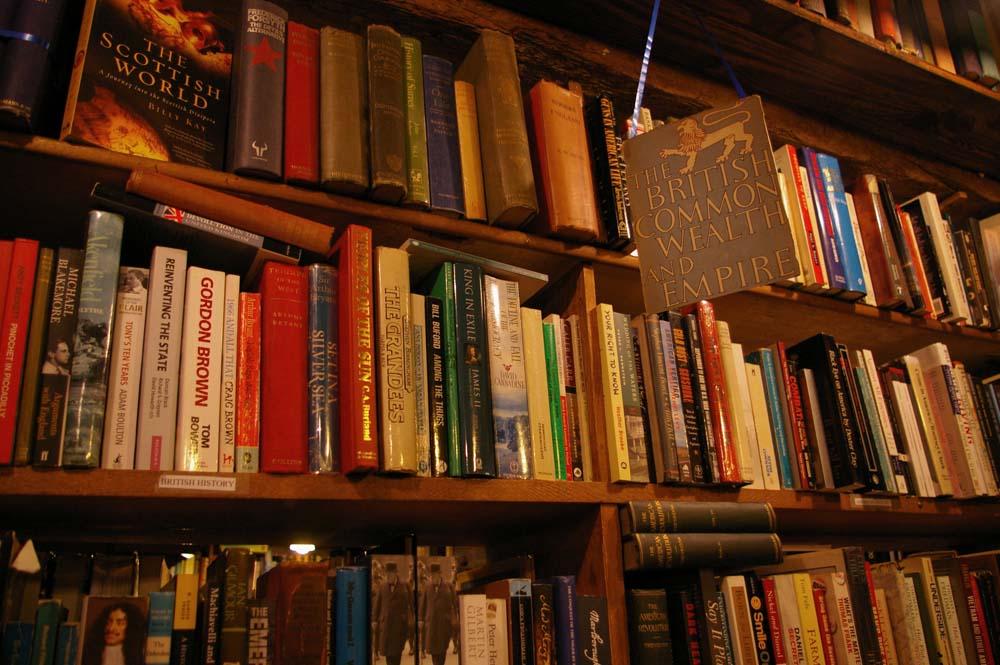 Bookshelves | © Amelia Wells/Flickr