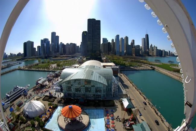 View from Navy Pier Ferris Wheel | © Michael/Flickr